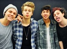 5 Seconds Of Summer<br>