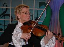 Веселые уроки музыки с Виолеттой Модестовной. А я иду, играю на альте (Музыка 20 века)