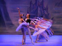 Лебединое озеро. Театр Корона русского балета 2020-03-27T19:00 щелкунчик театр корона русского балета 2019 12 29t13 00