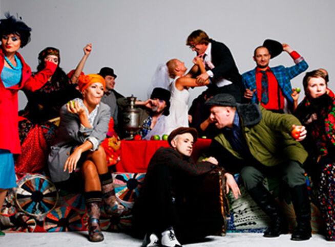 «Всюду жизнь!» Спектакль Егора Дружинина в Москве, 23 октября 2020 г., Московский Международный Дом Музыки