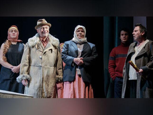 Матренин двор в Санкт-Петербурге, 7 декабря 2020 г., Театр Им. В.Ф. Комиссаржевской