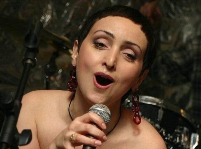 Концерт Этери Бериашвили и Лиана Майстер в шоу «Мазл тов!» в Москве, 10 апреля 2021 г., Градский Холл